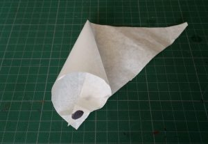 Making a Piping Bag for Glass Painting. Fig.2.