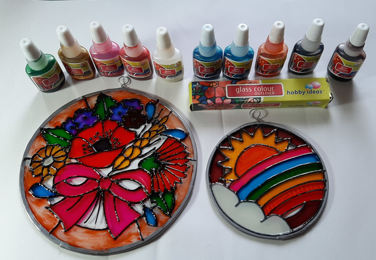 Fevicryl Glass Paints and Outliner. A Review.